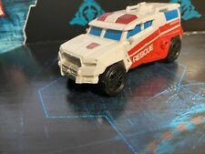 First Aid Transformers Combiner Wars Defensor No Accessories