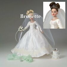 TONNER Tiny Kitty Collier FOREVER YOURS Bridal Hat Box Set BRUNETTE