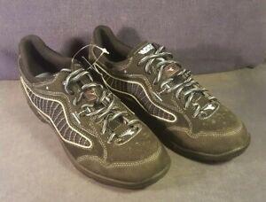 Diadora Caymano spin bike shoes - women's - size 39  USA-8  NOS NR F4