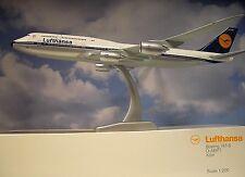 Limox Wings 1 200 Boeing 747-8 retro Lufthansa D-abyt Köln Herpa Katerlog