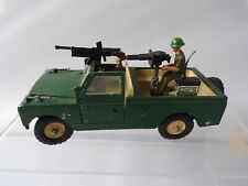 BRITAINS LWB MILITARY LAND ROVER WITH SOLDIERS 9777 1.32 SCALE DIE CAST