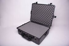 PELICAN 1600 Large Case w/Pick and Pluck Foam (Black)