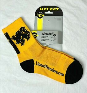 Lion of Flanders cycling socks Yellow/Black -NEW Size S (Men 4.5-6.5  Women 6-8)