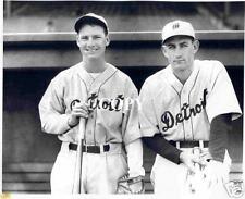 Detroit Tigers : '34 Gee Walker & Gehringer  BB17