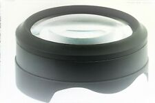 Lese-Lupe: LED-Tischlupe mit hochwertigem optischem Glas, 4 LEDs, 2 Stufen, USB