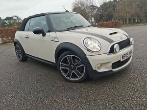 Mini Cooper S with Chilli Pack 1.6 petrol fsh