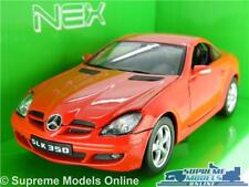 MERCEDES BENZ SLK 350 MODEL CAR 1:24 SCALE RED WELLY OPENING PARTS LARGE K8