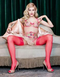 Rare Agent Provocateur Zuri Suspender Pink Size 2 or 3 NWT