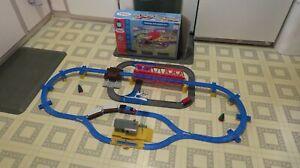 2001 TOMY Thomas & Friends THOMAS ADVENTURE SET 7408 Road & Rail Trackmaster