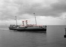 PHOTO  P & A CAMPBELL PS BRISTOL QUEEN OFF PENARTH PIER USED FROM 1948   1968 DI