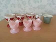 A LOT OF 8 PRETTY EGG CUPS , Wedgwood, Paramount