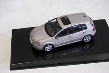 VW Golf V 4-Türer - AutoArt 1:43 - Beige M - Neu & OVP 59775
