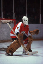 Bernie Parent Protectiong The Goal 8x10 Picture Celebrity Print