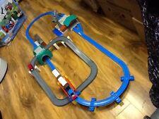 Thomas & Friends - Thomas & Cranky Delux Action Set