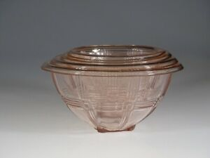 Set of 4 Hazel-Atlas Glass pink Criss Cross Nesting Mixing Bowls c.1935