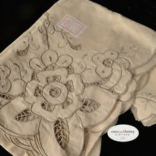 *Vintage 70's Cream Cotton Contrasting Embroidery Table Cloth CutOut Work Napkin