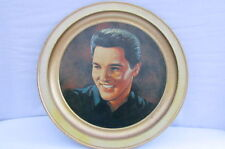 NEW HOME DECOR COLLECTORS METAL PLATE GOLD YELLOW ELVIS ARON PRESLEY PAINTING