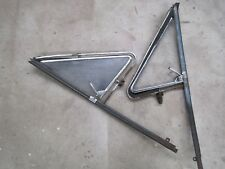 Holden HD HR 1/4 vent window frame with glass RH & LH side,Of a Hr Holden Ute