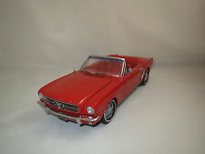 Precision 100  Ford  Mustang  289  Cabriolet  (rot)  1:18 ohne Verpackung !