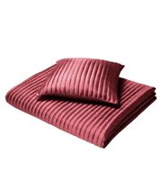 CL Home Quilted Taffeta Bedspread, Bed Runner, Cushions. Red