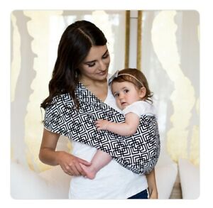Seven Everyday Slings Baby Carrier Sling Color Black//White Indy Size 2//XSmall