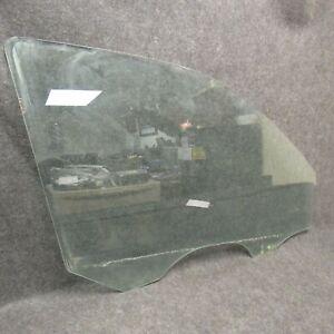 2009 Kia Borrego RH Passengers Side Front Door Window Glass Green Tint OEM 54311