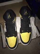 "Nike Air Jordan 1 MID SE ""Yellow Toe"" Black/Yellow Size  UK9 Brand New"