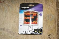 New Energizer Halloween Night Light LED Sensor Automatic Black Bats Chevron
