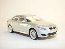 BMW M5 E60 gris métallisé 1/43 serie 5 er series