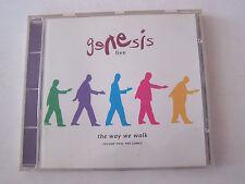 CD DU GROUPE GENESIS  , LIVE THE WAY WE WALK ,  VOL 2 ,  BON ETAT .