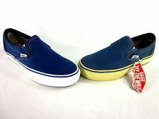 VANS CLASSIC SLIP-ON SNEAKER NAVY CANVAS/RUBBER SOLE US SZ MEN'S 6/ WMN'S 7.5 M