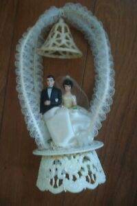 VINTAGE BRIDE/GROOM WEDDING CAKE TOPPER 1970S
