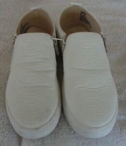 Steve Madden Women's White Slip On Sneakers Size 6.5 M