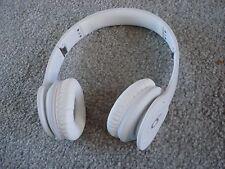Very Nice Beats by Dr. Dre Solo HD Headband Headphones - White