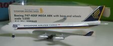 Herpa 1:500 scale  -  Singapore Airlines  747-400F    -   500869  Mega Ark