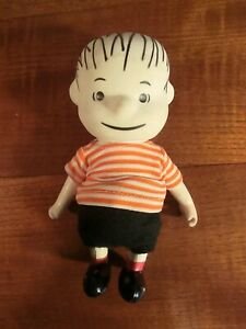 Vintage 1966 Peanuts Linus 7-inch doll toy by Boucher