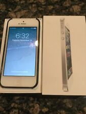 Apple iPhone 5 - 32GB - White & Silver (AT&T) A1428 (GSM)