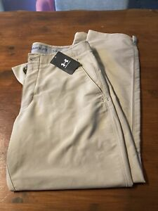 """Mens Sand/Ivory Colour Under Armour Golf Trousers, Size 34""""W 30""""L, New Unused"""