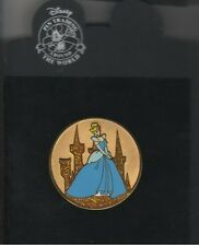 Princess Cinderella Gold Coin Authentic Disney pin on Card Le 250 Pin