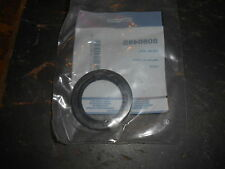 NOS Briggs and Stratton OEM Oil Seal 805049S 805049