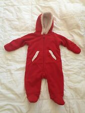 Old Navy baby boy or girl warm outfit 3-6 months old  S17
