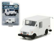LONG LIVE MAIL DELIVERY VEHICLE (LLV) PLAIN WHITE 1/64 BY GREENLIGHT 29911