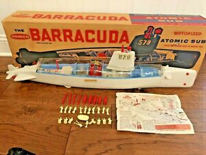 REMCO BARACUDA MOTORIZED ATOMIC SUB #578 BATTERY OPERATED, 1962 - SEE VIDEO