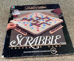 Scrabble DELUXE EDITION Turntable Rotating Board Game Wood Tiles 1989 COMPLETE