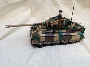 Brickmania VAULT Tiger II Konigstiger WWII Heavy Tank with COA