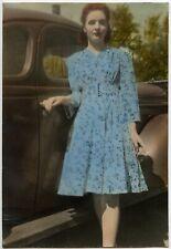 RED HAIR & FINGERNAILS LADY BLUE DRESS HAND TINTED CAR VINTAGE SNAPSHOT PHOTO