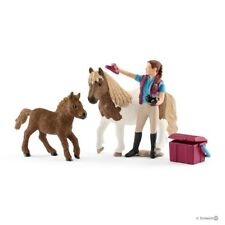 *NEW* SCHLEICH 42362 Stablehand with Shetland Ponies & Accessories - Horse