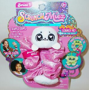 SCRUNCHMIEZ Scrunch Miez WIGGLES Plush White Seal HAIR SCRUNCHIE Backpack Clip