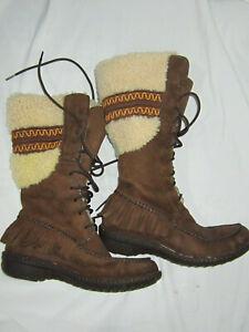 UGG  AUSTRALIA Calf High Flat Leather & Sheepskin Boots 8.5