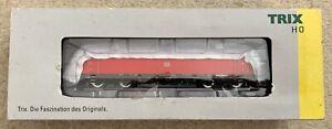 Trix 22639 HO Gauge BR 185.2 Electric Locomotive DB Schenker Ep VI VGC Boxed